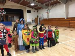 trunk-or-treat-in-school
